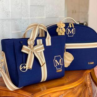 Kit Maternidade Mala + Bolsa Cloé Glam Linho Azul Marinho com Fita Listrada Bege