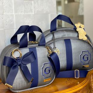 Kit Maternidade Bolsa Média + Frasqueira Térmica Glam Chumbo com Fita Azul Marinho