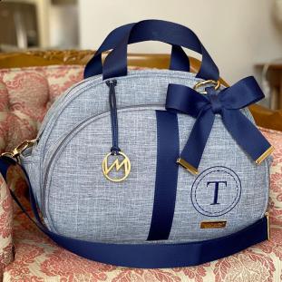 Bolsa Maternidade Média Glam Linho Cinza com Fita Azul Marinho